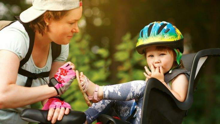 When is the Best Time to Put Your Baby on Your Bike? #bike #family #safety #kid #parenting