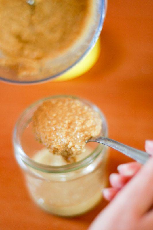 Cómo hacer mantequilla de maní.