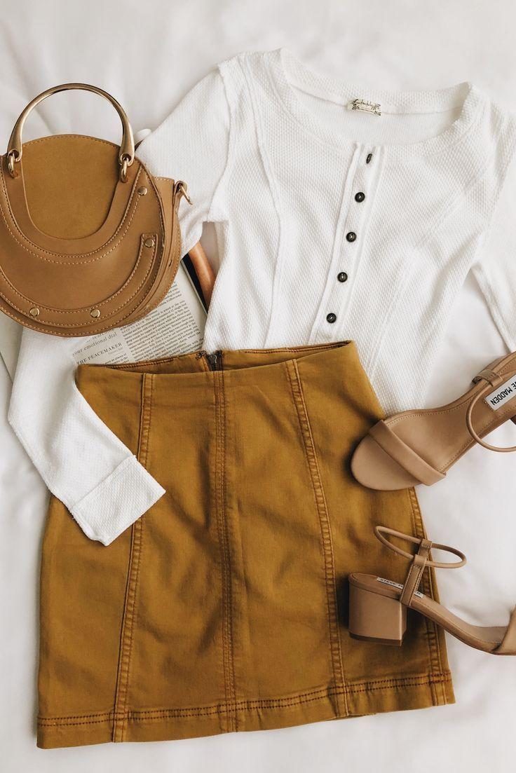 Modern Woman Golden Yellow Denim Mini Skirt – #denim #Woman #Golden #Mini #modern #Skirt #stment #Yellow