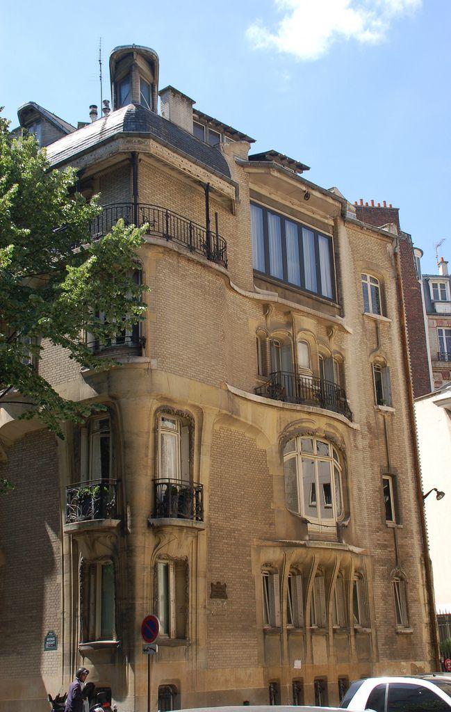 Side façade - Hôtel Guimard, 122 Avenue Mozart, Paris