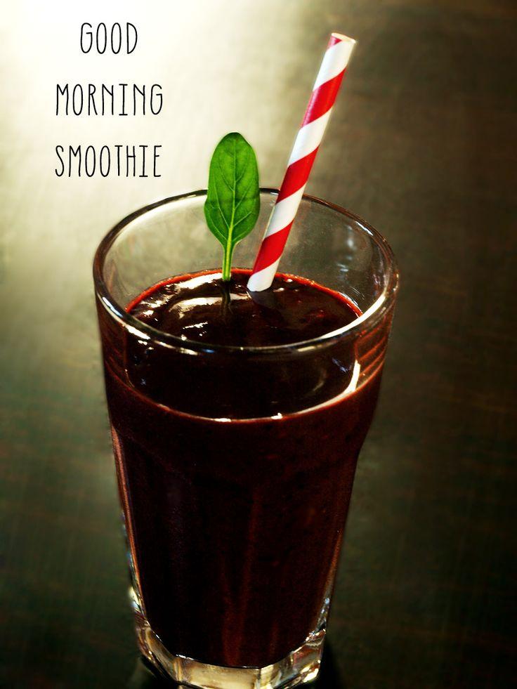 Smoothie détox du petit déjeuner épinard - fruits rouges