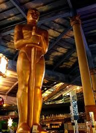 Mingle with the Rich & Famous Stars at the Oscars...