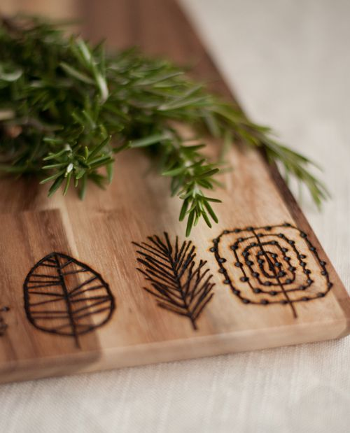 DIY Etched Cutting Boards by Design Mom. I could do this with my wood burning kit! Why have I never thought of this before?