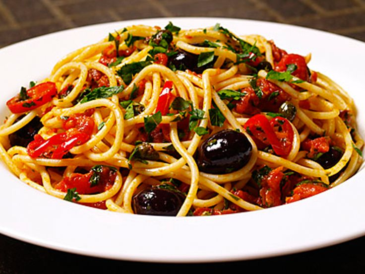 Barilla Spaghetti with Puttanesca Sauce