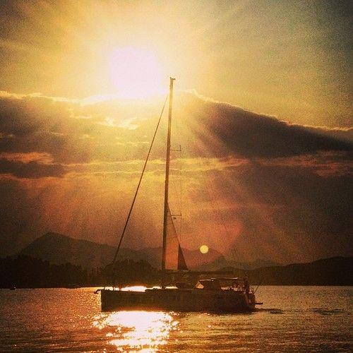 Treating my eyes and soul with dusk light pt.2 | Photoshooting © elafini