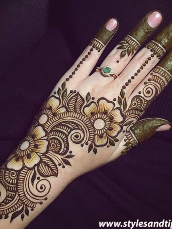 Arabic Beautiful Mehndi Design Image