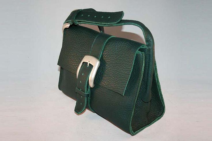 Leren tas model Li-ane, van mooi groen leer, gemaakt op bestelling