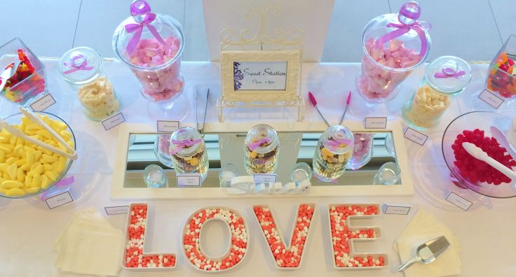 What a sweet idea for a candy bar. Put together by @Beedazzled Events for a bride at The Surf Club Mooloolaba