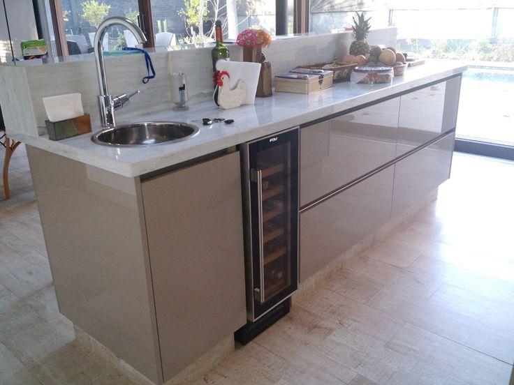 Mejores 16 im genes de muebles de cocina de rodrigo for Melamina color marmol
