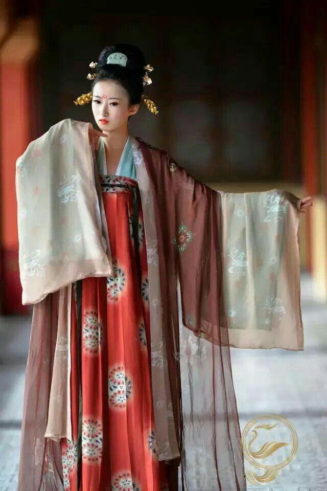 Il fascino dell'abito tradizionale