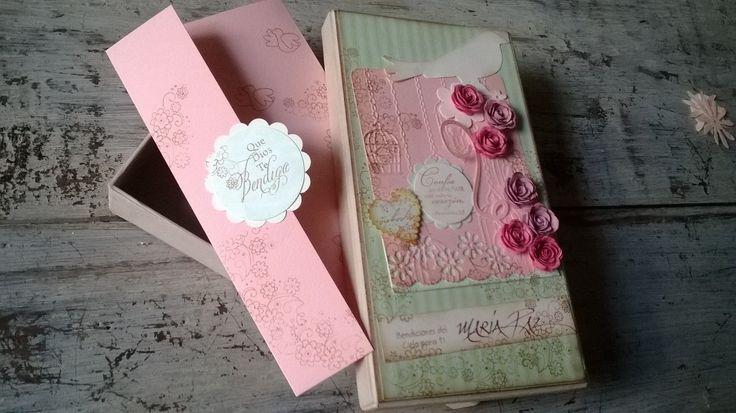 Lluvia de sobres en caja decorativa con tarjeta y texto manuscrito; para regalos de Felicitaciones, Agradecimientos, Reconocimientos a empleados y pensionados.