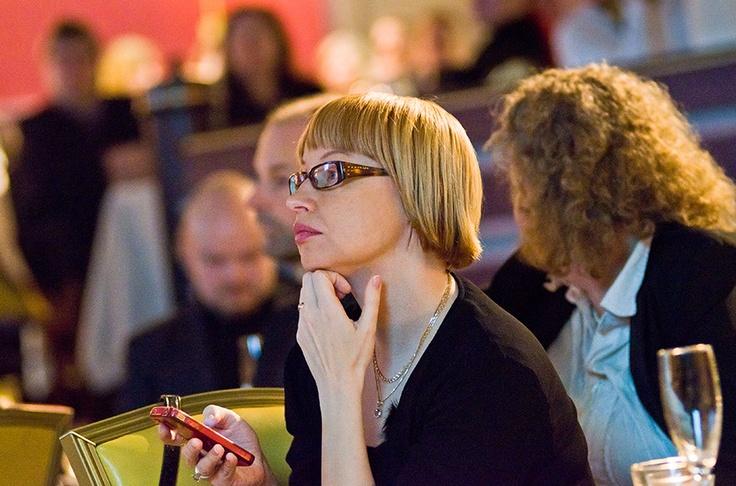 13.12.2011 Pauliina Luovuuden loppu -seminaarissa Tampereella