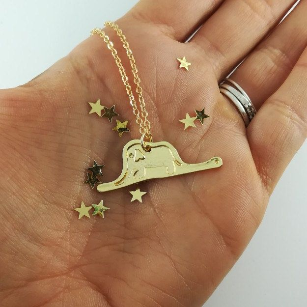 The Little Prince inspired necklace with the elephant eaten by the snake, with a better plating, shiner and tarnish resistant, protected by a special jewelry shield anti-allergie skin discoloration, anti oxidation and anti allergy! 🐘🐍🦊🏜️🌋🏜️👦🏼👑🥀