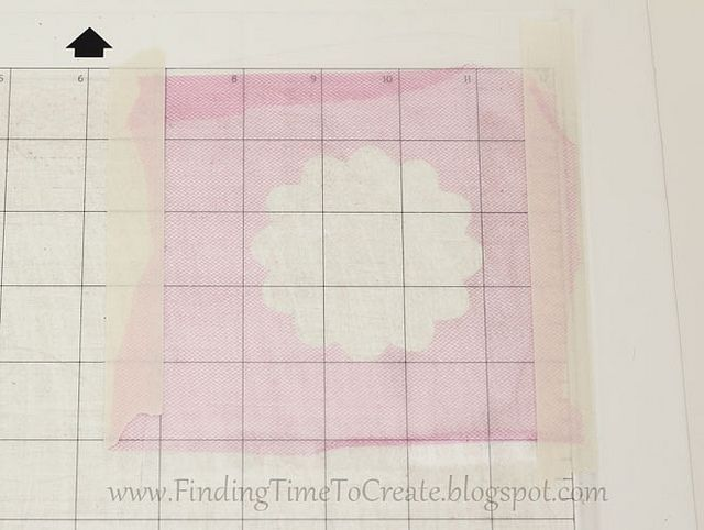 Cutting Delicate Fabrics with your Silhouette: Cameo Silhouette Svg Cuts, Silhouette Stuff, Silhouette Helps, Silhouette Portraits, Silhouette Cutters, Silhouette 1, Silhouette Cameo, Silhouette Projects Ideas Tips, Flowers Tutorials