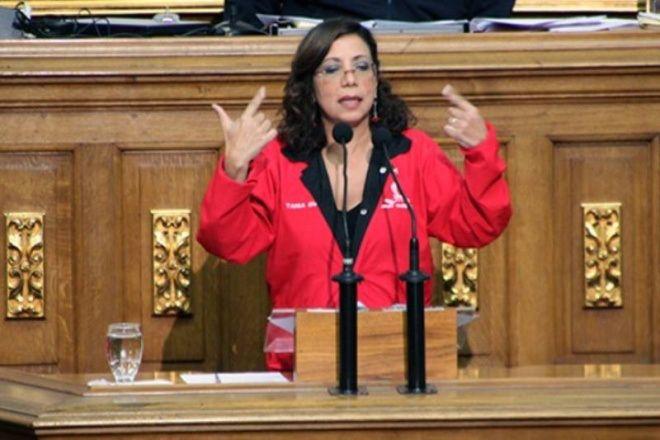 Tania Díaz: En Venezuela está más vigente que nunca la democracia participativa y protagónica