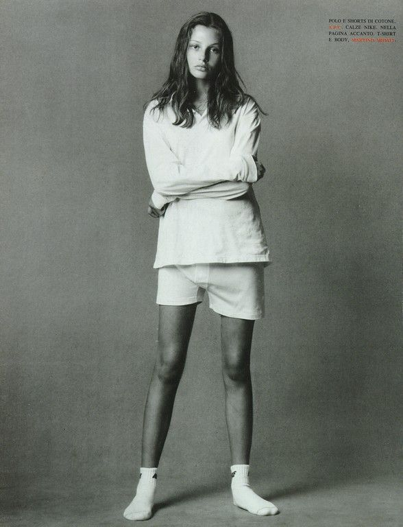 Bridget Hall by Steven Meisel for Vogue, June 1993 So simple and beautiful!