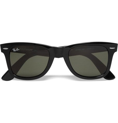 Introduced in 1952, Ray-Ban's black Wayfarer sunglasses are an iconic eyewear choice. Synonymous with a rock 'n' roll aesthetic, they just don't seem to date. Wear this classic size with everything from winter knits to lightweight summer layers to give every look raffish appeal.