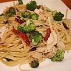 Foto recept: Tagliatelle met kip en groenten in roomsaus