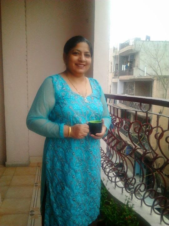 dating guides: Do you want Mobile Numbers of Indian Desi Bhabhis ...