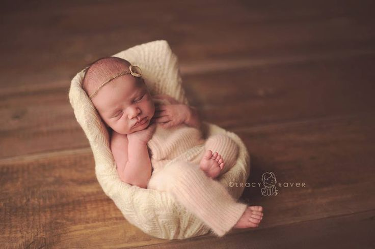 Newborn posing chair kelley ryden photography pinterest newborn posing newborn photographer and family photography