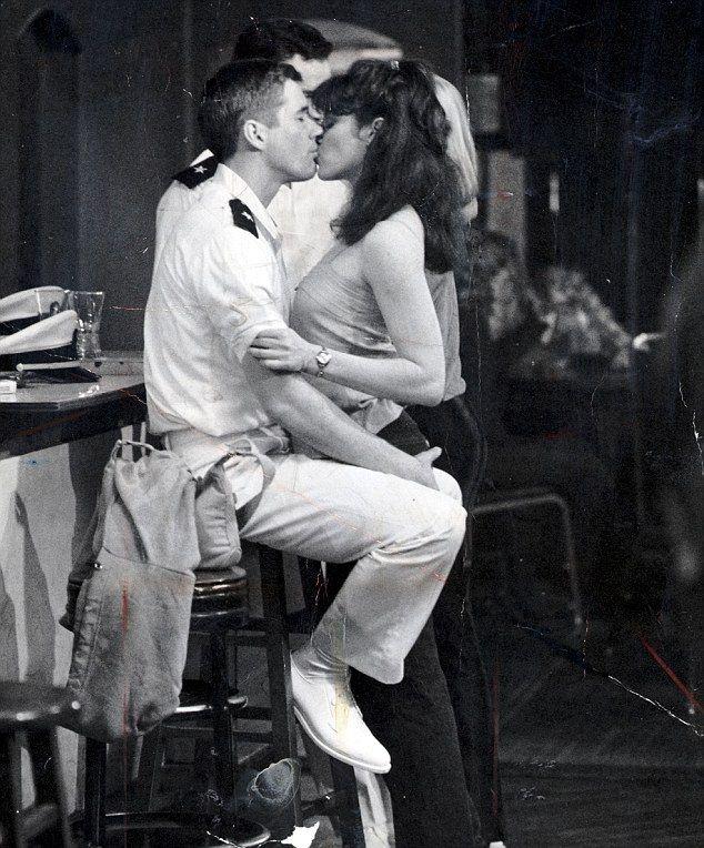 "Richard Gere & Debra Winger en ""Oficial y Caballero""/ ""An Officer and a Gentleman"""
