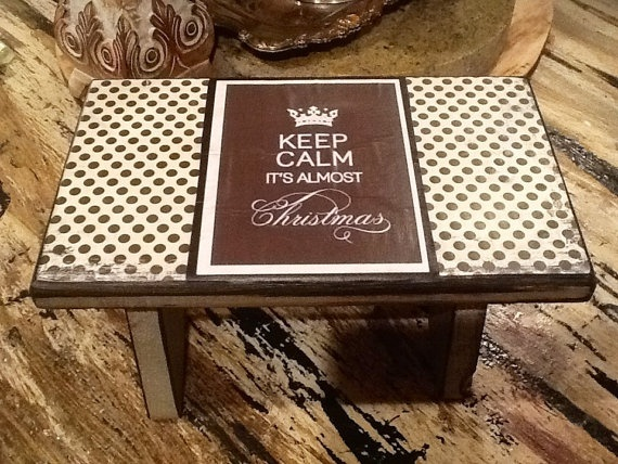 Best Christmas Cottage Polka Dot Distressed Wooden Step By 640 x 480
