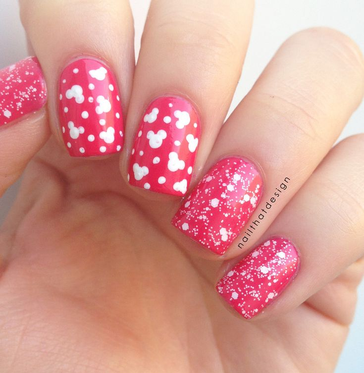 Minnie Mouse Bow Nail Art 25+ best ideas about M...