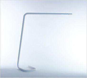 LEDライト STROKE/Bsize 一本のラインだけでできているのがとてもシンプルできれい。角が直角じゃないのがあたたかみがあっていい。