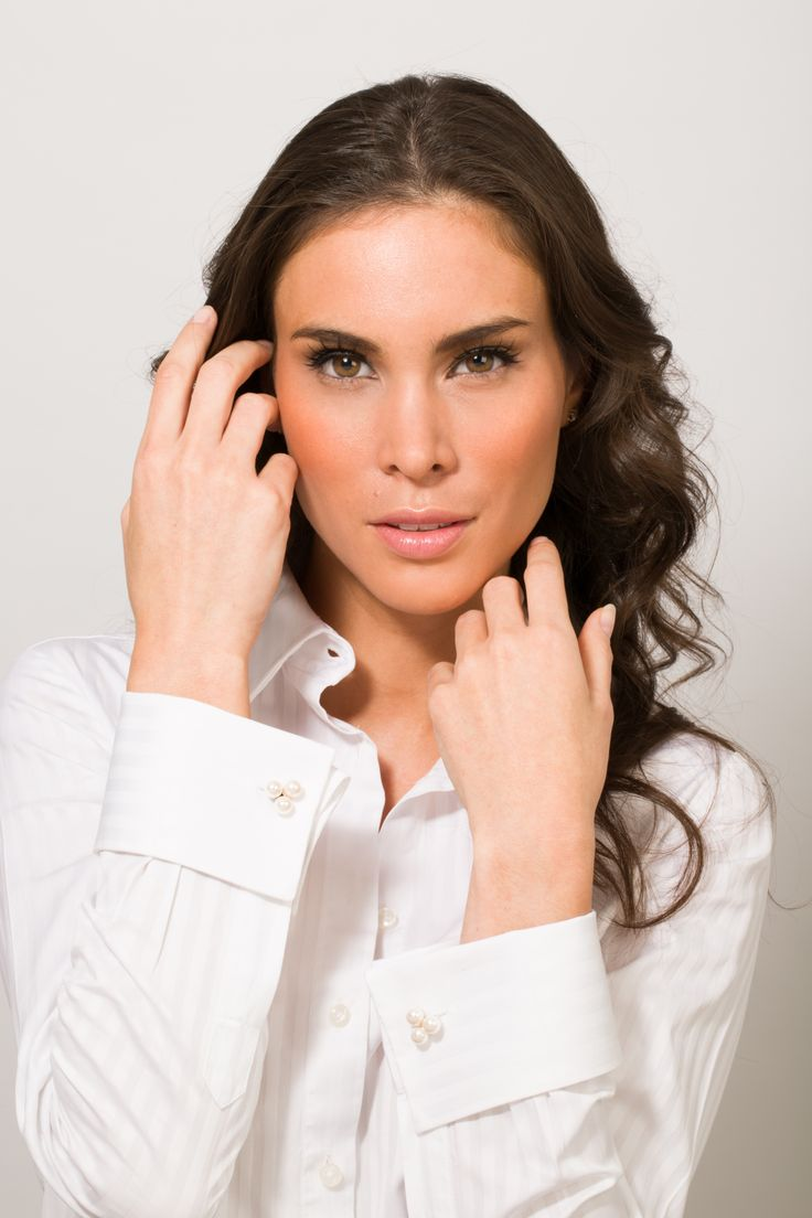 White french cuff shirt with miss links pearl trio French cuff shirt women