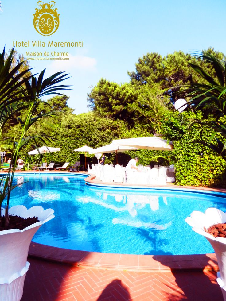 #party on the #swimmingpool #villamaremonti #fortedeimarmi #versilia #tuscany #hotel #italy