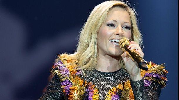Schlagerstar Helene Fischer will musikalisch jetzt wieder durchstarten.  (Quelle: imago/HBM-Media)