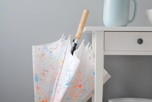 #paint splattered umbrella: Diy Ideas, Ideas 2015, Gift Ideas, Homemade Gifts, Diy Art Crafts Gifts, Craft Ideas, Handcrafted Gift