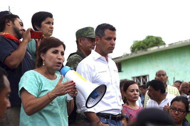 Declaran a Rosario Robles persona non grata en Juchitán.