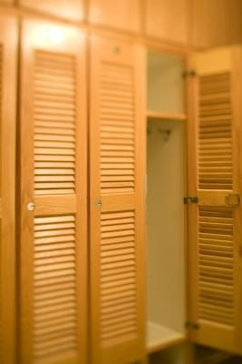 How To Paint Closet Doors To Look Like Lockers King Size