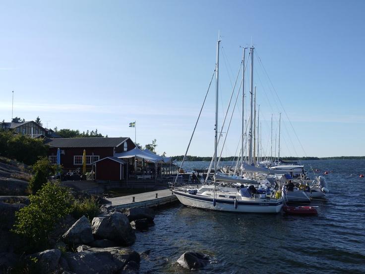 S/Y Dolphin Dance sailing blog | a Finnish Hallberg-Rassy 29 sailing in the Northern Europe: Fejan
