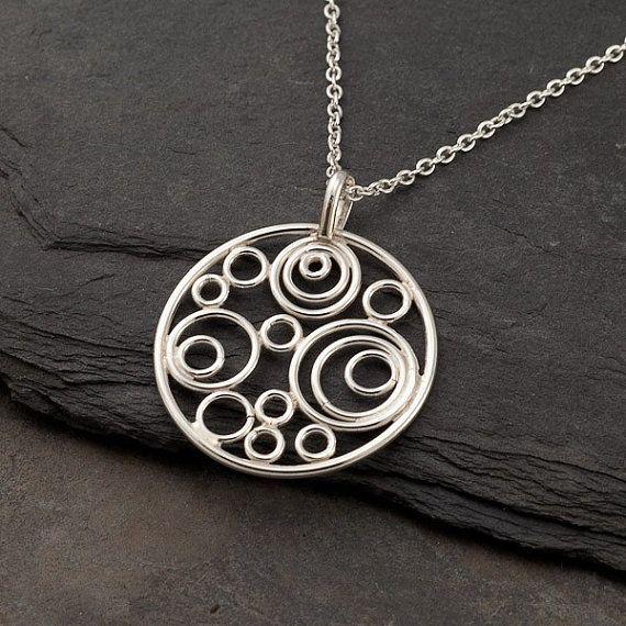 Zilveren cirkel ketting Silver cirkel hanger Handmade door Artulia