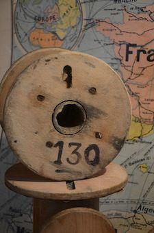 Brocante de la Bruyère : charme, industriel, curieux : Lot de bobines en bois