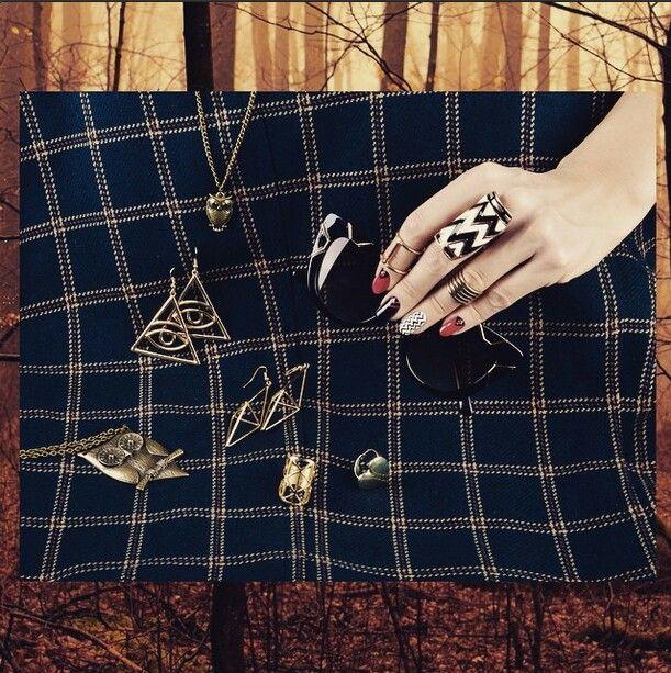 Twin peaks nails by Ziggy Glitterdust