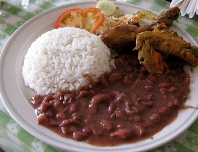 stew chicken with rice and beans (belizean)