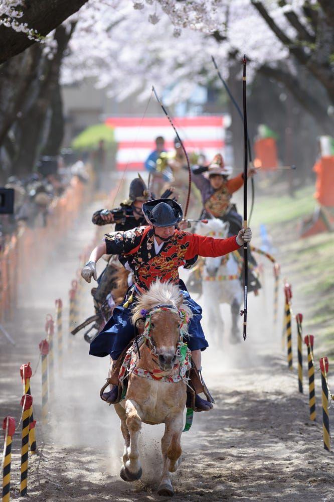 Yabusame - Horseback archery | by Hidetoshi Kikuchi on 500px