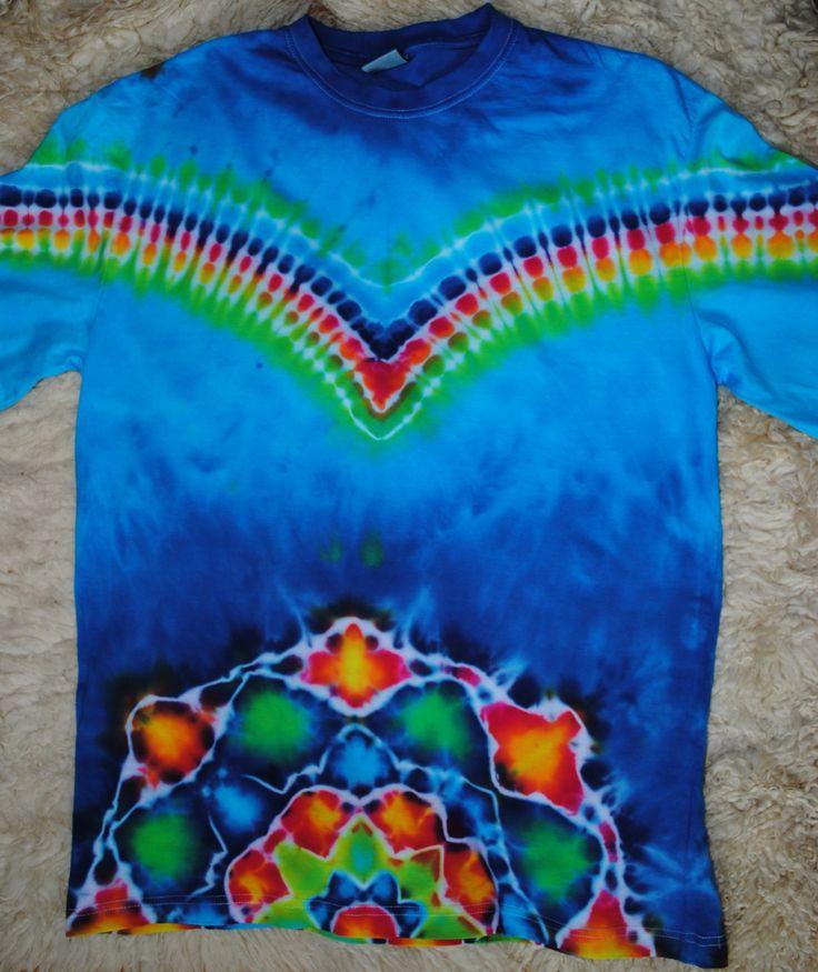 Tričko+XXL+-+Let+orla+Pánské+originální+batikované+tričko+s+dlouhým+rukávem.+Velikost+XXL,+šířka+116+cm,+délka+79+cm.+Barveno+kvalitními+reaktivními+barvami,+první+vyprání+doporučuji+v+ruce,+další+možno+bez+problémů+v+pračce.+Tričko+je+vysoké+kvality+-+190+g/m2.+Zboží+si+můžete+také+vyzvednout+a+vyzkoušet+v+Brně.