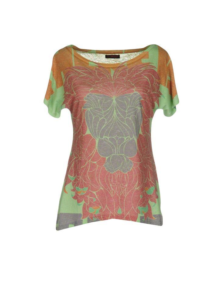 Custo Barcelona T-Shirt - Women Custo Barcelona T-Shirts online on YOOX United States - 37988475GT