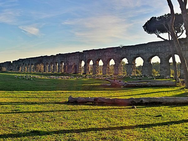 Parco Degli Acquedotti #Rome (by Ivan Marra)