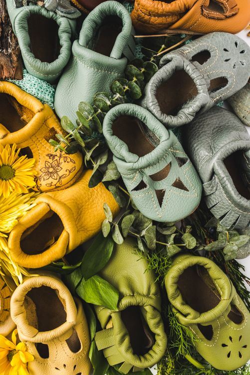 Starry Knight Design SS17  Look at all these colors! The most beautiful rainbow of baby shoes and moccs I've ever seen. Coming spring 2017. StarryKnightDesign.com