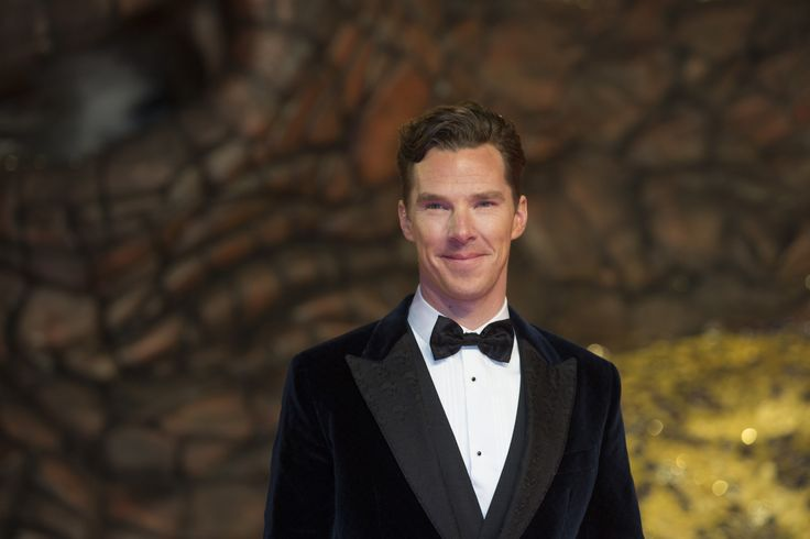 Hobbit: See Benedict Cumberbatch writhe and snarl as Smaug