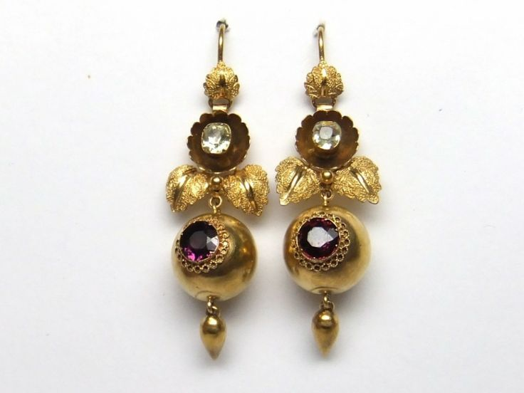 Victorian garnet and Chrysoberyl drop earring