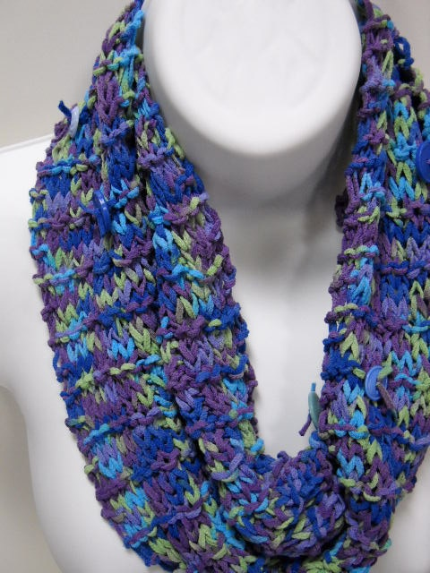 Goes great with blue jeans.  Decorated with vintage buttons. $27.00Knits Scarf, Vintage Buttons, Shops Stitchknit, Knits Scarves, Vintage Wardrobe, Blue Jeans, Knit Scarves, Lightweight Knits