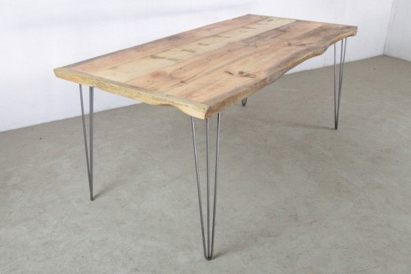 Table à manger hairpin legs robuste et élégante  http://www.homelisty.com/diy-hairpin-legs/