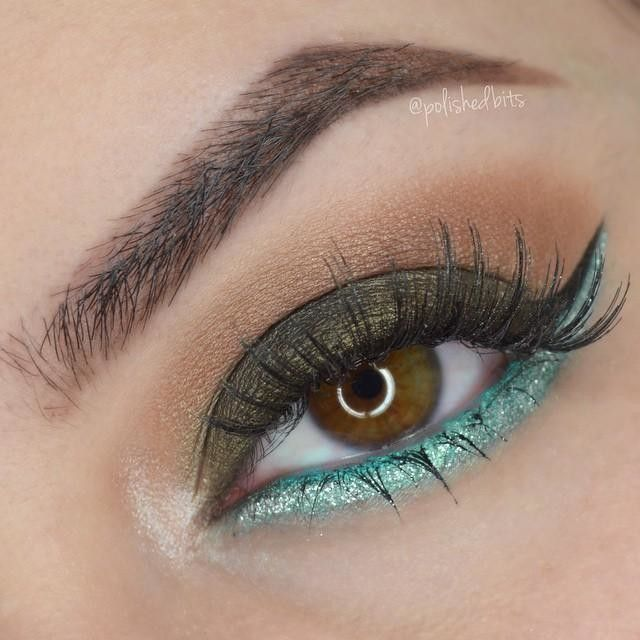 Today's eyes  @loraccosmetics Pro Palette 2(Lt brown on crease, Jade on lid, Beige on inner eye corner) @maybelline Color tattoo shadow in Edgy Emerald on the lower lash line with @nyxcosmetics Crystal Silver liner on top. Brows are filled in with @anastasiabeverlyhills Chocolate dipbrow and lashes are @ardell_lashes 106  Day 28 of #100daysofmakeup