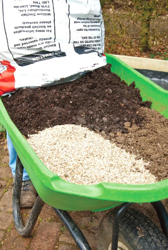 29ae95fe77bfbb9969d7bac125eedf84 - Garden Time's Square Foot Gardening Potting Soil